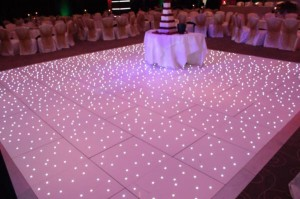 White Dance floor 3_600x399